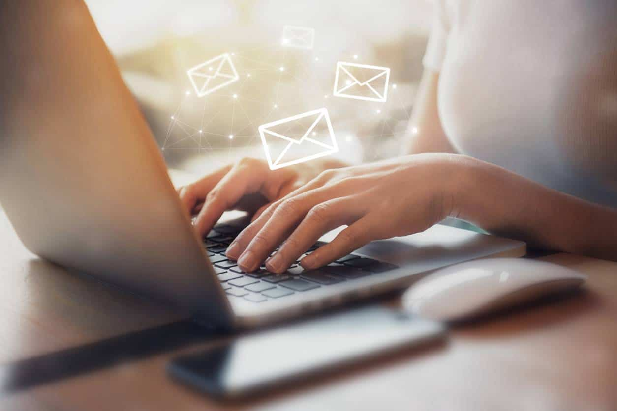 histoire email